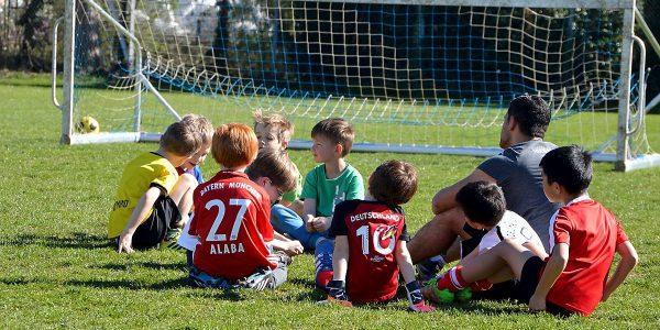 Kinder Fußball Ferien