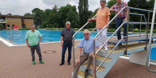 (v.li.): Sascha Feier, Hans- Joachim Rappmann, Dr. Henning Haßdorf, Barbara Reichert und Volker Bäcker.