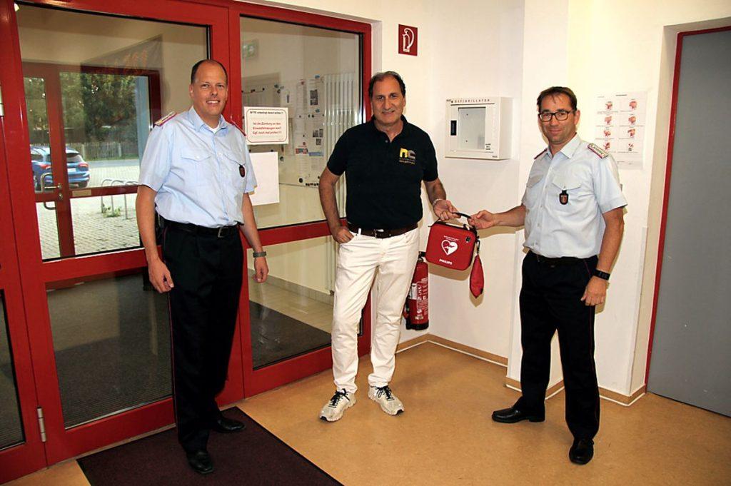 Defibrillator für die FFW Jerstedt